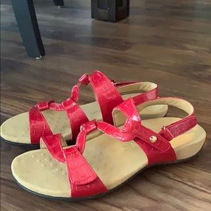 Vionic Red patent leather sandals